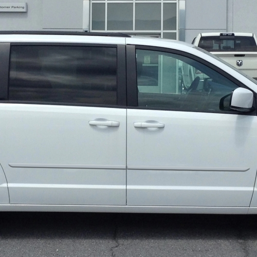 DODGE GRAND CARAVAN PAINTED BODY SIDE MOLDING 2018 - 2020